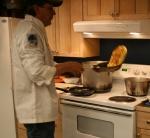 This Arizona chef is volunteering at McGrath checkpoint.
