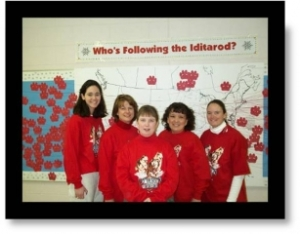 Teaching team at Running Creek Elementary model their new Iditarod 2001 shirts. While Diane is on the trail, the other teachers on the team will be using the Iditarod in the classrooms.